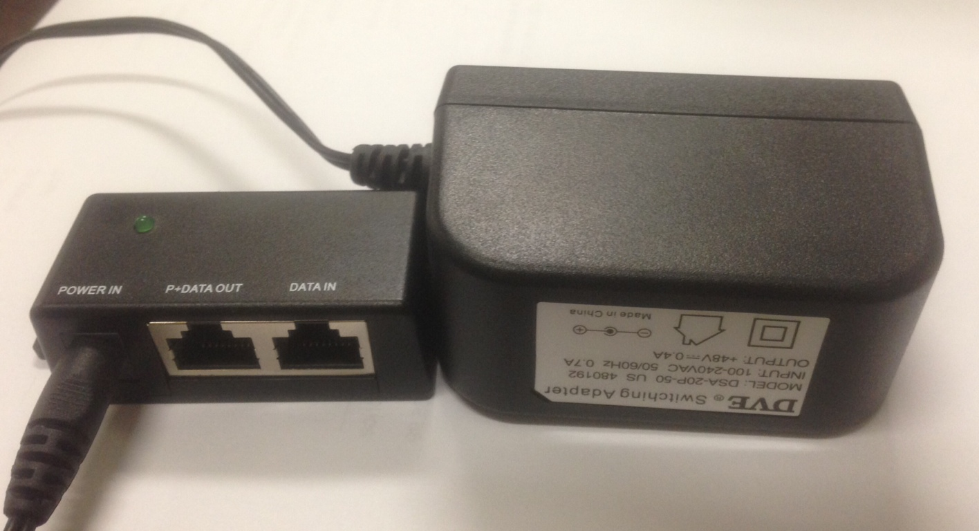 Power Over Ethernet (POEDPA) Hub Gigabit Port and Power Adapter